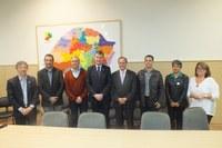 Escolas Alcides Conter e Barão do Jacuí pautam reunião na Secretaria de Educação